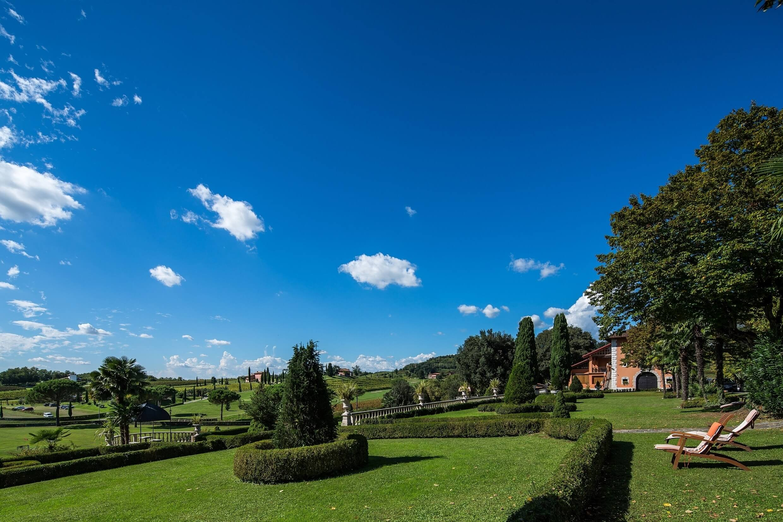 4 Castello di Spessa
