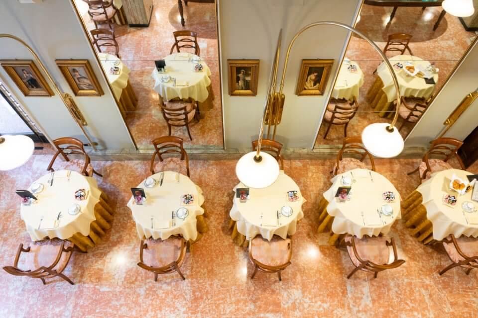 A scuola di bon ton: al 5 stelle di Verona, siglato primo accordo con Etiquette Academy Italy