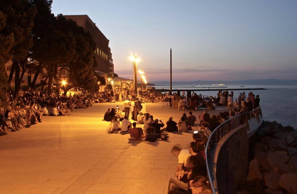 Concerto e colazione gourmet, in riva al mare, per il Solstizio d'Estate
