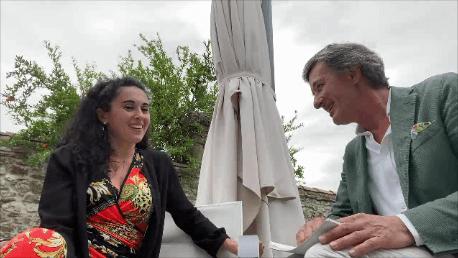 Intervista a Gianna Fratta Direttrice D'Orchestra e moglie del Cantante Piero Pelù a Villa Nachini Cabassi