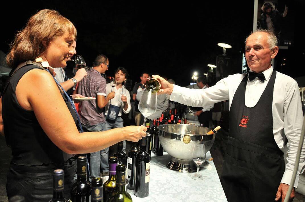 Tramonto DiVino: 7 tappe dalla Riviera alle città dell'Emilia con vini e prodotti Dop e Igp Emilia-Romagna